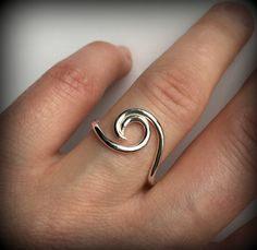 Organic in design this sterling silver wave ring is popular among nautical enthu… - Beach Jewelry Beach Jewelry, Jewelry Rings, Jewellery Box, Jewellery Shops, Jewelry Stores, Feet Jewelry, Ocean Jewelry, Temple Jewellery, Diamond Jewellery
