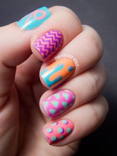 Such a lovely and brilliant color combination!