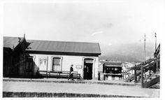 Woodstock station with post office and bookstall. - Atom site for DRISA I Am An African, African History, Post Office, Woodstock, Cape Town, 1930s, Vintage Photos, South Africa, Birth