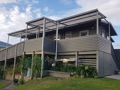 Happy Waitangi Day, the sun is beaming down. Check out this Undercover Aluminium Awning System installed yesterday at the beautiful Pukehina Beach. Ready for Making Shade to install the curtains.To those having a day off, enjoy the Sunshine and Keep Covered, for the team here it is another install, keep your eyes pealed. ☉🌊👌