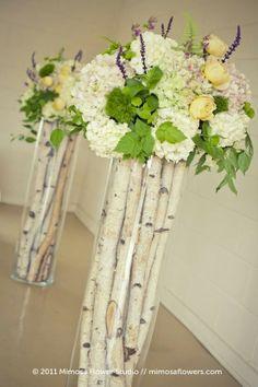 Bouquet sur vase de bouleaux