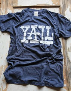 YALL TEE - Junk GYpSy co. Now that I have lived in the south as long as I have in the north, I feel that I can truly shout Y'all from the rooftops.and it sounds good. Gypsy Style, Style Me, Hippie Style, Country Girls, Country Outfits, Country Style, Country Casual, Southern Style, Down South