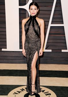 All The Show-Stopping Looks From the Vanity Fair Oscar After-Party Jenna Dewan-Tatum  WEAR: Zuhair Murad black high slit racer-back gown with high collar; Stuart Weitzman sandals, @WhoWhatWear