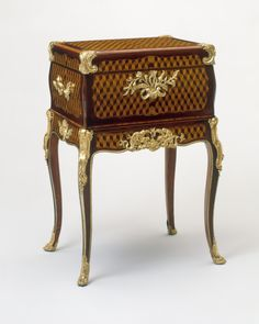 Jewel Chest, 1760 Wood Marquetry, Gilt Bronze 40 × 25 × 19 in 102 × 65 × 50 cm Furniture Near Me, Furniture Styles, Furniture Design, Luxury Furniture Stores, Online Furniture Stores, Rococo Furniture, French Furniture, French Rococo, Rococo Style