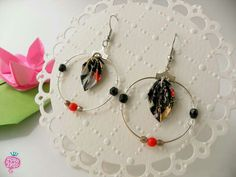 Paper jewels, origami leaf - earrings - gioielli di carta - #paperjewellery #origami