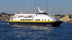 cata de 28m pour plus de 330 passagers
