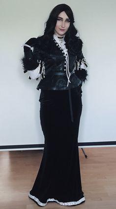 Yennefer cosplay by commandermiczi (Instagram)