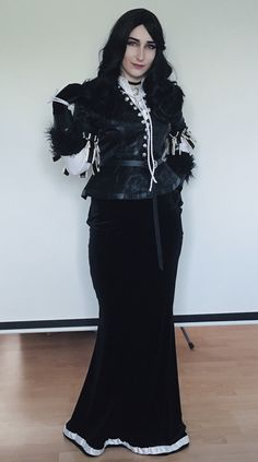 Yennefer cosplay by commandermiczi (Instagram)