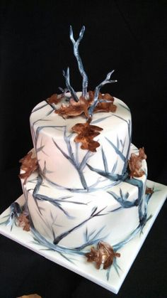 Snow camo white wedding cake by christinascakery.com