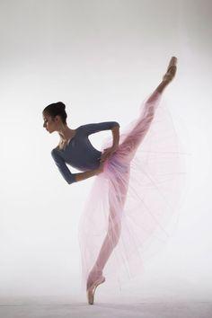 <<Maria Khoreva (Mariinsky Ballet) # Photographer Ira Yakovleva for Beatrice Magazine Russia>> Ballet Wear, Ballet Dancers, Vaganova Ballet Academy, Dance Pictures, Dance Images, Ballet Photography, Ballet Beautiful, Dance Art, Just Dance