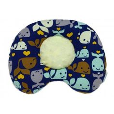 Super adorable Whales & Hearts print. Perfect size to fit in any diaper bag fir busy babies on the go or at home.