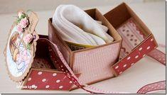 Scrapbooking - una caja de regalo