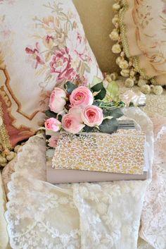<3  romantic rose