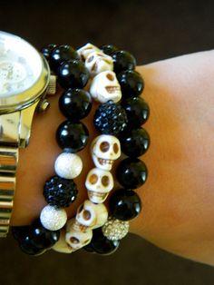 White Skull Beaded Bracelet by GasiaD on Etsy