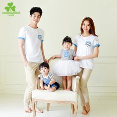 2017 Korean kids Dad Mom Son daughter summer wear short sleeve T-shirt's children's clothing parent-child couples Clothes Couple Outfits, Matching Family Outfits, Kids Outfits, Japan Outfit, Size Chart For Kids, Matches Fashion, Cute Family, Stripes Fashion, Free Clothes