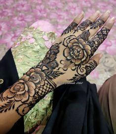 Rose Henna, Wedding Henna Designs, Mehendi, Hand Henna, Hand Tattoos, Artist, Instagram, Artists, Mehndi