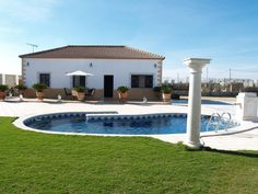 Holiday Rental in Seville. Villa La Chaparrilla near the birding Lagoons of Lantejuela (Spain)