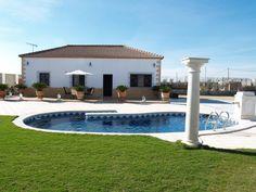 Holiday Rental in Seville. Villa La Chaparrilla near the birding Lagoons of Lantejuela (Spain)