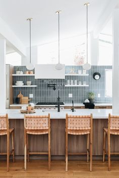 Modern Kitchen Interior Remodeling You need to take a look at this stunning modern transformation. The home was originally designed by architect William Krisel in 1956 in the midcentury-modern ranch style. Check out the transformation. Modern Kitchen Lighting, Home Decor Kitchen, Modern Kitchen Backsplash, Kitchen Remodel, Home Remodeling, Mid Century Modern Kitchen, Modern Kitchen Remodel, Rustic Kitchen, Kitchen Renovation