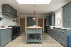 deVOL Bespoke Classic English Kitchens are designed and built in England, inspired by Georgian and Country Kitchen designs. Classic Kitchen are fully bespoke kitchens of the finest quality. Modern Kitchen Cabinets, Kitchen Cabinet Colors, Shaker Kitchen, Kitchen Flooring, New Kitchen, Kitchen Decor, Stylish Kitchen, Kitchen Pass, Awesome Kitchen