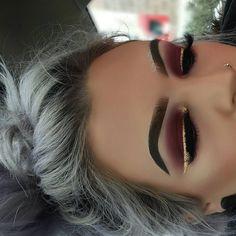 Makeup look by _kas_kas__ Brows: Anastasia Beverly Hills dipbrow pomade-soft brown. Afflink.