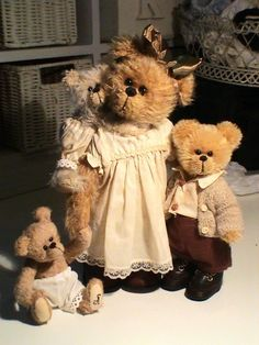 OK, you have to love the teddy bear family!