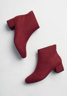 These burgundy ankle boots from Seychelles will help you usher in autumn with swank style! Made from smooth faux suede, this solid, vintage-inspired pair offers a back zip closure and a covered, low heel. Ugg Boots, Shoe Boots, Women's Shoes, Shoes Style, Dress Shoes, Best Ankle Boots, Burgundy Ankle Boots, Vintage Inspired Shoes, Shoe Wardrobe