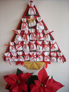 Advent Calendars For Kids, Diy Advent Calendar, Xmas, Christmas Ornaments, Projects To Try, Tequila, Holiday Decor, Winter, Scrappy Quilts