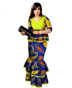 African Print Ruffles Sleeve Tops and Skirt Sets Knee-length clothing – DRESS THE LADIES African Wear Styles For Men, African Women, Ruffle Top, Ruffles, Couples African Outfits, Fly Dressing, High School Outfits, Evening Dresses Plus Size, Mermaid Skirt