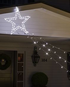 Outdoor LED Décor Hundreds of LED lights create a spectacular light display, whether on the roof, on Christmas Yard Art, Christmas House Lights, Christmas Decorations For The Home, Fairy Lights, Christmas Lights, Holiday Decorating, Decorating Ideas, Decor Ideas, Light Decorations