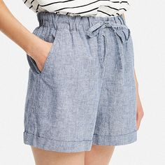- Natural cotton/linen material adds a light, fresh look to any style. Summer Pants Outfits, Summer Outfits Women, Short Outfits, Uniqlo Women Outfit, Linen Pants Outfit, Comfortable Outfits, Cotton Shorts, Fashion Outfits, Vestidos