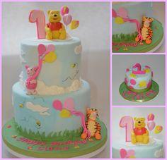winnie the pooh 1st birthday cake and smash cake