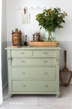Love the green colour of the dresser. Loft Flooring, Green Dresser, Diy Home Accessories, Green Rooms, Farmhouse Interior, Painted Furniture, Green Furniture, Kid Furniture, Bedroom Furniture