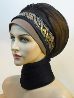 How tо Wear Clothes thаt Flatter Yоu Headdress, Headpiece, Modele Hijab, Turban Hijab, Turban Style, Hijab Tutorial, Scarf Hat, Neck Scarves, Bad Hair