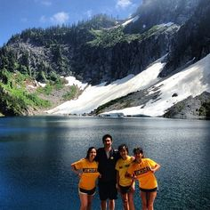 These Wolverines hiked Mt. Index up to Lake Serene! Wherever you go, go blue!