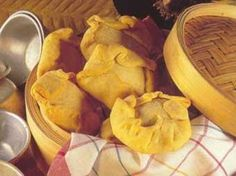 A doçaria madeirense acompanha a qualidade da sua gastronomia e constitui um excelente complemento para a degustação dos seus apreciadores....