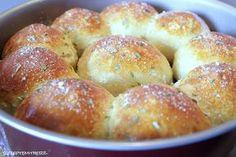 Diese Pizza Bälle sind leicht zu machen für ein Handfood - Abendessen, Appetizer, Party Snack, zum Mitnehmen für ein Picknick oder ...
