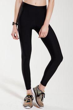 Anais Margaux Paris Alexandra Siyah Shiny Tayt ile tarzını ve şıklığını tamamla, modayı keşfet. Birbirinden güzel Spor Tayt modelleri Lidyana.com'da!