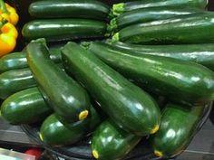 Bake Zucchini, Zucchini Fries, Zucchini Bread, Squash Plant, Squash Bugs, Fruit Vert, Zucchini Plants, Succession Planting, Summer Squash