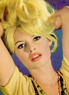 I love Marilyn Monroe, Veronica Lake, Brigitte Bardot and Sharon Tate. Brigitte Bardot, Bridget Bardot, Divas, Bonnie Parker, And God Created Woman, Veronica Lake, Cool Blonde, Sharon Tate, Glamour