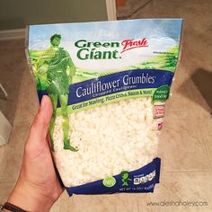 Cauliflower Crumbles, perfect for Pizza crusts, mashed cauliflower - 21 day fix @ Walmart & target Healthy Sides, Healthy Options, Get Healthy, Healthy Snacks, Healthy Recipes, 21 Day Fix, Get Thin, Mashed Cauliflower, Cauliflower Dishes