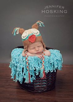 baby S is going to need a hat like this! I better get busy making these silly hats! Twin Photos, Cute Baby Photos, Baby Pictures, Silly Hats, Cute Hats, Baby Poses, Beautiful Owl, Owl Hat, Adorable Babies