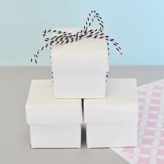DIY Favor Ideas: Mini Cube Favor Boxes in several colors | simplysouthernwedding.com