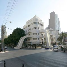 Victor Enrich uses Photoshop..