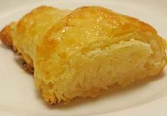 Flaky Gluten Free Croissants Recipe: http://glutenfreerecipebox.com/gluten-free-croissants/ #glutenfree