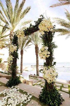 Afbeeldingsresultaat voor wedding flowers beach