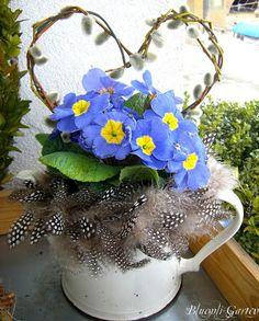 Garten, Romantische Dekorationen, Vintage Möbel, Shabby, Weisse Möbel, Pflanzen , Blumen, Blumenpflege, Rosen, Katzen, Tier Fotos, Blumen Fotos