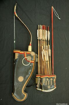 Korean traditional horn bow, arrows and 애기살 which means 'baby arrrow'