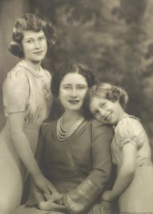 Very sweet photo of the Queen with Princesses Elizabeth and Margaret--1940