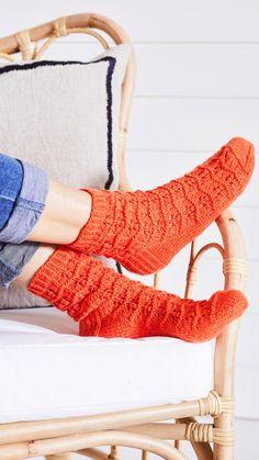 Knitting Socks, Leg Warmers, High Socks, Knitting Patterns, Knit Crochet, Legs, Marimekko, Slippers, Diy